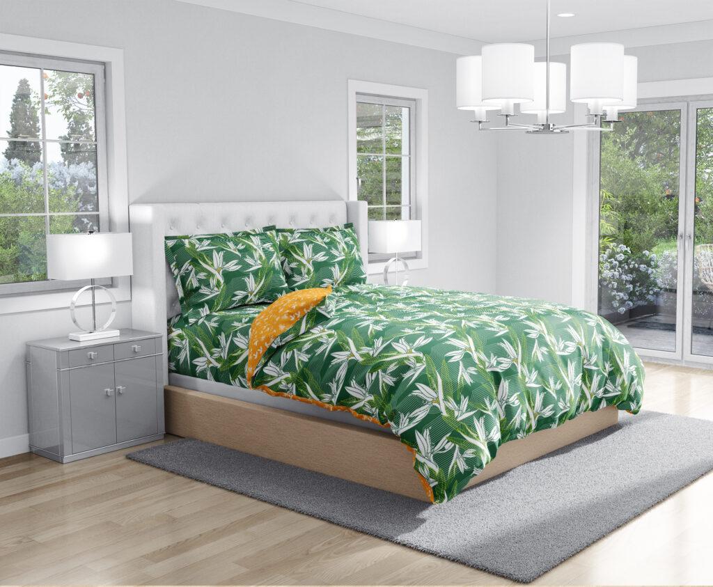 Swaas bedspread